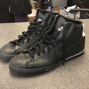 Nike BRS Sneakers
